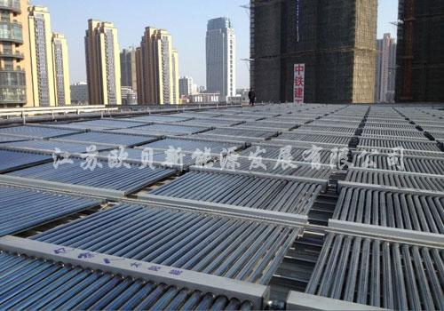 常州武进假日酒店100吨太阳能热水工程