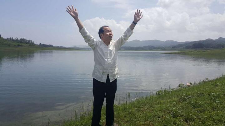 收藏家田太华原创神曲《太阳从哪里升起》传递雄浑梦想
